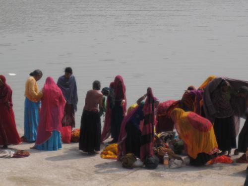 Pilgrims bathing in the Pushkar lake